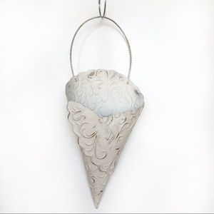 Other - Cream Metal Wall Hanging Basket Home Decor